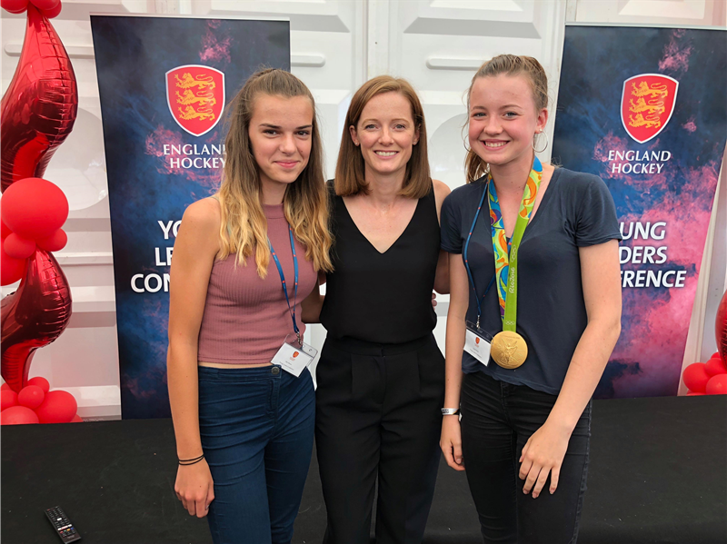 Young Pelicans meet Helen Richardson-Walsh